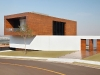 LA-HOUSE-by-Studio-Guilherme-Torres-photo-Denilson-Machado-yatzer-7