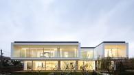 แบบบ้าน Modern  Rocha house (แจกแบบบ้านฟรี)